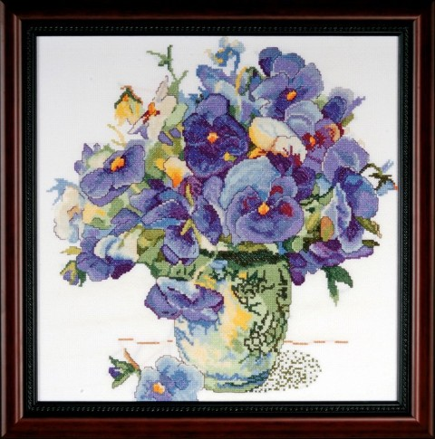 click here to view larger image of Pansy Floral (counted cross stitch kit)