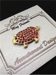 click here to view larger image of Glamorous Pig Magnet Set (accessory)
