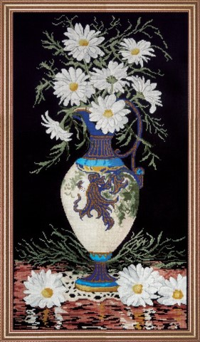 click here to view larger image of Daisies in Vase (counted cross stitch kit)