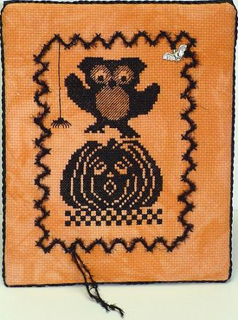 click here to view larger image of Ooolee On Jack O Lantern - Halloween Silhouette (chart with charms/buttons)