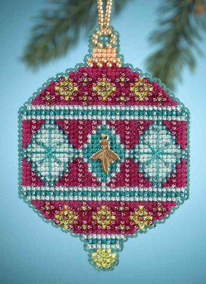 click here to view larger image of Berry - Christmas Jewels (counted cross stitch kit)