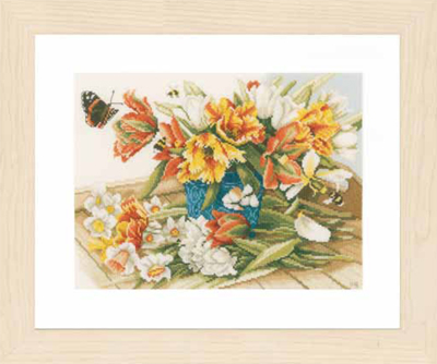 click here to view larger image of Daffodils - Tulips (counted cross stitch kit)