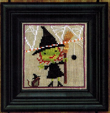 click here to view larger image of Broom, Witch and Mousie - Spooky Spinners 4 (chart with charms/buttons)