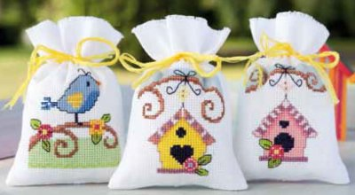 click here to view larger image of Birds and Houses Potpourri Bags (Set of 3) (chart)