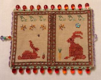 click here to view larger image of Red Rabbits Case (bead kit)