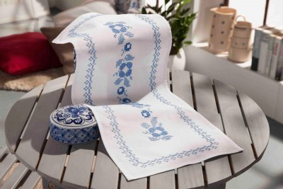 click here to view larger image of Classic Blue - Table Runner (stamped cross stitch kit)