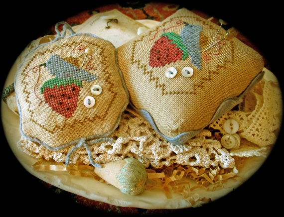 click here to view larger image of Stitching Things I Pin Cushion (chart with charms/buttons)