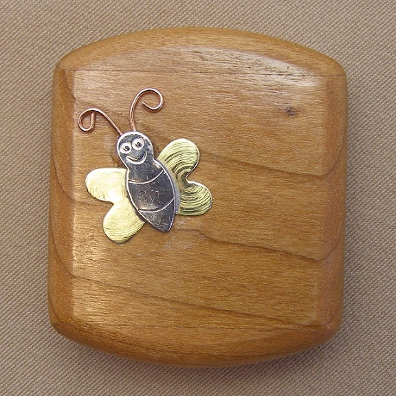 click here to view larger image of Bee Notions Niche Case - Small (accessory)