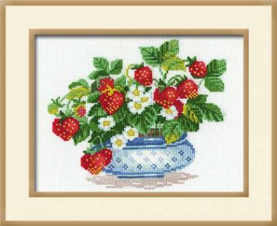 click here to view larger image of Basket of Strawberries (counted cross stitch kit)