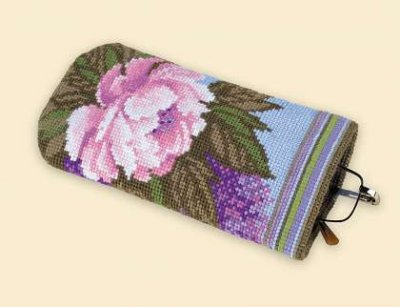 click here to view larger image of Spectacle Case - Summer Bouquet (counted cross stitch kit)