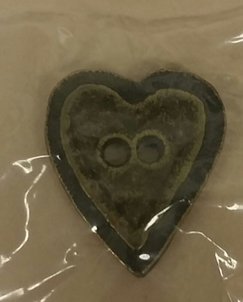 click here to view larger image of Olde Brass Button - Heart (buttons)