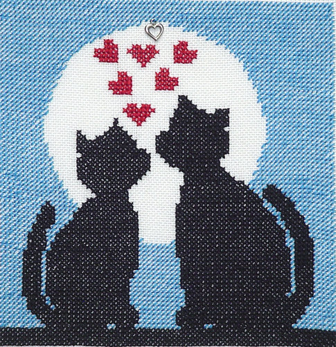 click here to view larger image of Sweet Heart Kitties (chart with charms/buttons)