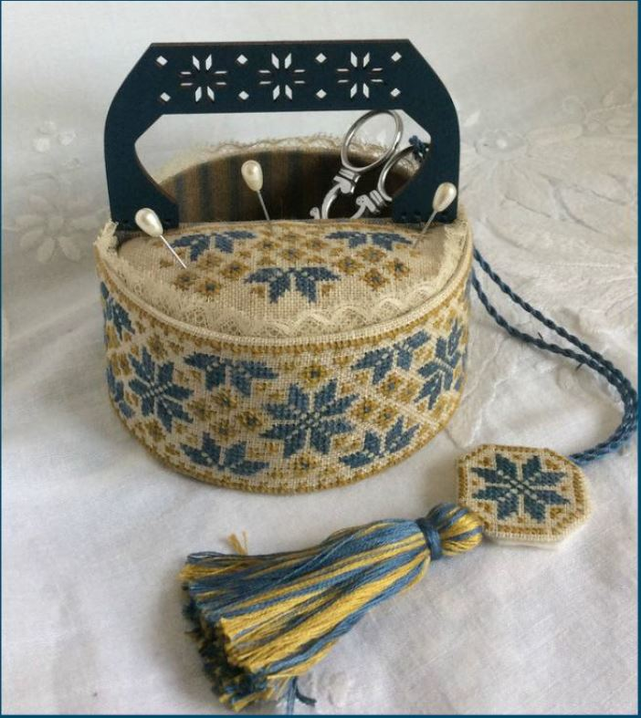 click here to view larger image of Blue Quaker Sewing Basket (chart with charms/buttons)