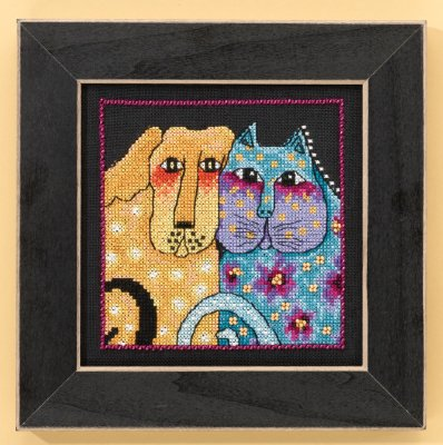 click here to view larger image of Fur-Ever Friends - Dogs Collection (Aida) (counted cross stitch kit)
