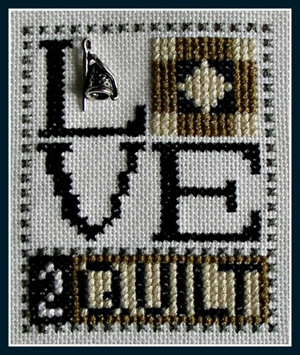 click here to view larger image of Love Bits - Love 2 Quilt (chart with charms/buttons)