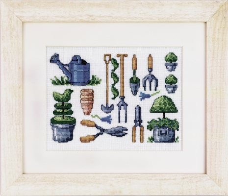 click here to view larger image of Buxus Garden (counted cross stitch kit)