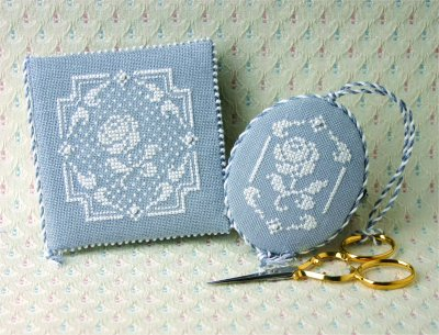 click here to view larger image of White Rose Needlebook and Fob (chart with charms/buttons)