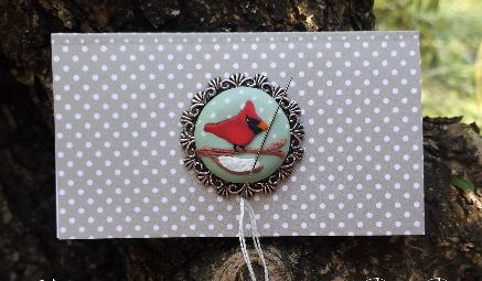 click here to view larger image of Cardinal Needle Minder (pin)