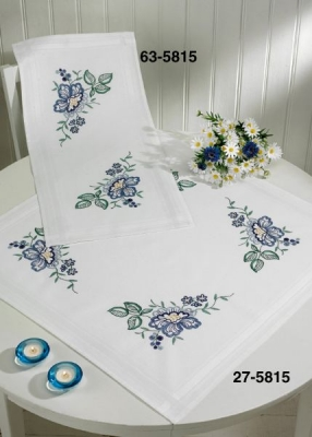 click here to view larger image of Big Flowers - Table Runner (counted cross stitch kit)