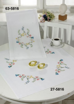 click here to view larger image of Big Flowers - Table Cloth (counted cross stitch kit)