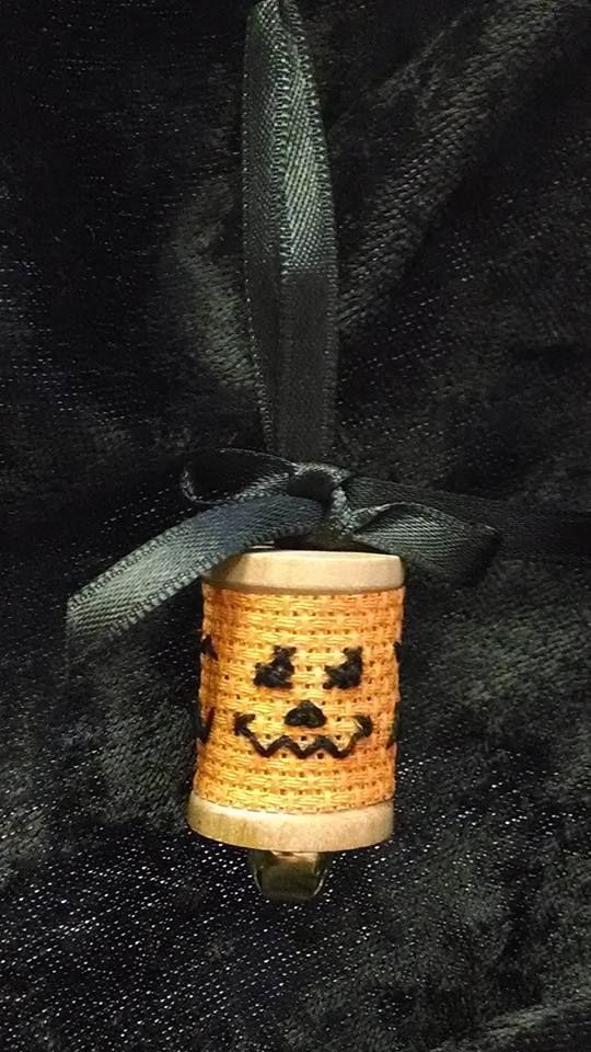 click here to view larger image of Punkin Spool (counted cross stitch kit)