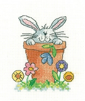click here to view larger image of Peeping - Simply Heritage (Aida kit) (counted cross stitch kit)