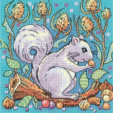 click here to view larger image of Grey Squirrel - Woodland Creatures (Aida) (counted cross stitch kit)
