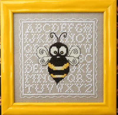 click here to view larger image of Biggie Bee (chart with charms/buttons)