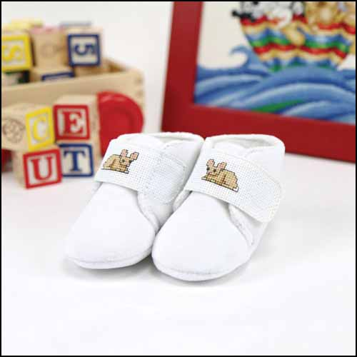 click here to view larger image of Baby Slippers With Velcro Strap (stitchable)