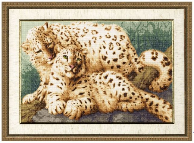 click here to view larger image of Winter Leopard (counted cross stitch kit)