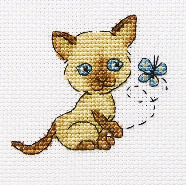 click here to view larger image of Playful Lolla (counted cross stitch kit)