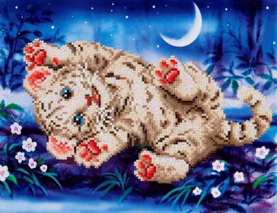 click here to view larger image of Baby Tiger Roly Poly (Diamond Embroidery)