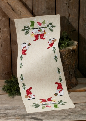 click here to view larger image of Elf and Socks Table Runner (counted cross stitch kit)