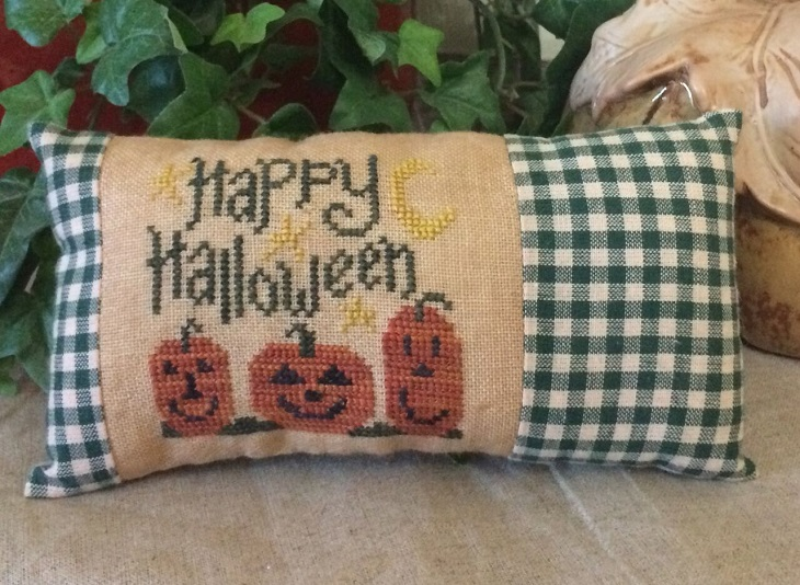 click here to view larger image of Happy Halloween - Limited Edition Kit (counted cross stitch kit)