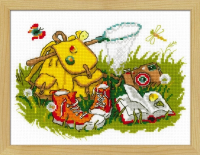 click here to view larger image of Holiday on Grass (counted cross stitch kit)