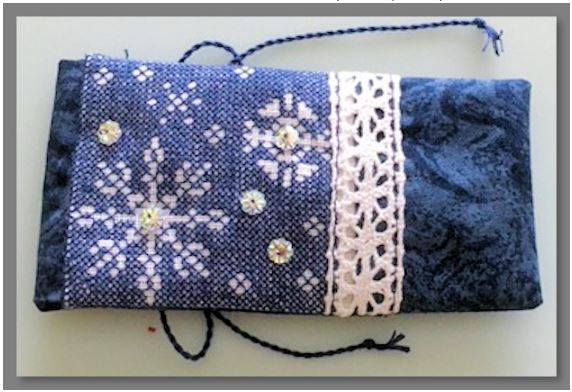 click here to view larger image of Carol's Snowflake Needlecase (counted cross stitch kit)