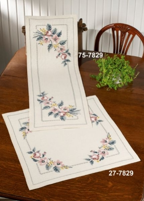 click here to view larger image of Roses Table Topper (bottom) (counted cross stitch kit)