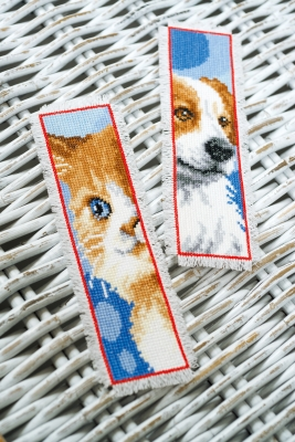 click here to view larger image of Cat and Dog Bookmarks (set of 2) (chunky cross stitch kit)