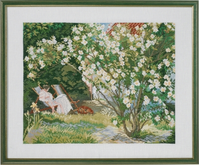 click here to view larger image of Rose Bush (counted cross stitch kit)