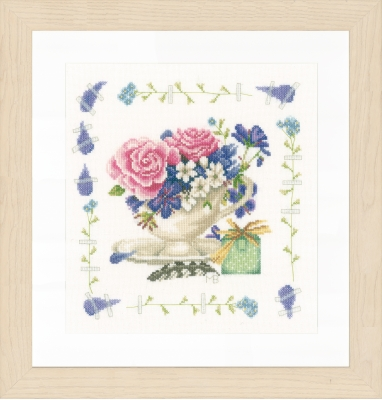 click here to view larger image of Bouquet of Roses (counted cross stitch kit)