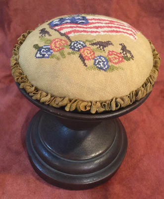 click here to view larger image of Americana Birds and Flowers Pin Cushion Topper (chart)