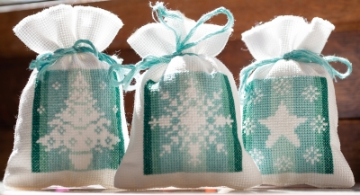 click here to view larger image of Winter Bag Set of 3 (counted cross stitch kit)