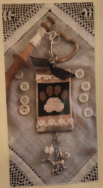 click here to view larger image of Pawprint Keychain (None Selected)