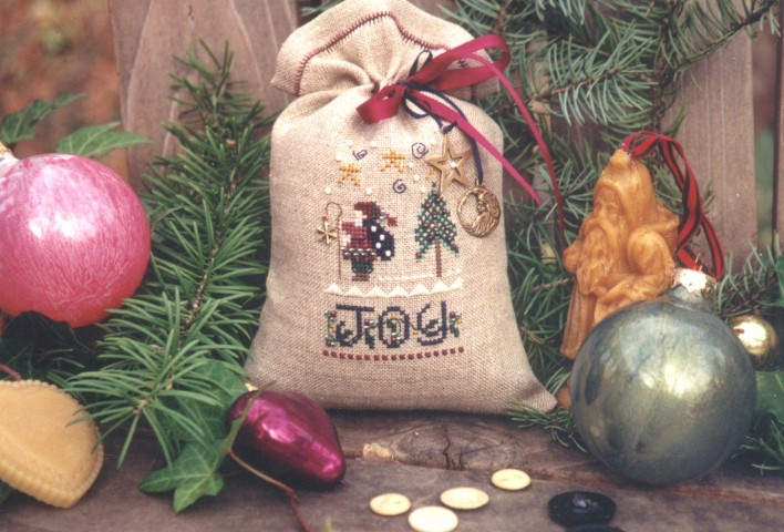 click here to view larger image of Christmas Treat Bag (counted cross stitch kit)
