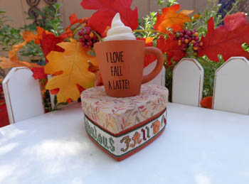 click here to view larger image of I Love Fall A Latte Kit (chart)