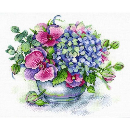 click here to view larger image of Bouquet of Memories (counted cross stitch kit)