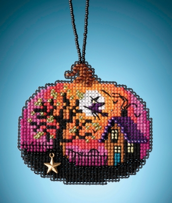 click here to view larger image of Bewitching Pumpkin (counted cross stitch kit)