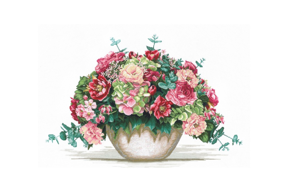 click here to view larger image of Bouquet w/Hydrangea (counted cross stitch kit)