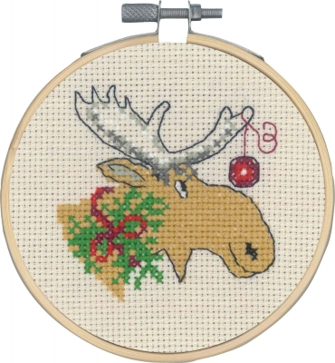 click here to view larger image of Moose and Christmas Ball (counted cross stitch kit)