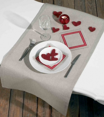 click here to view larger image of Napkins (2 pieces) (counted cross stitch kit)